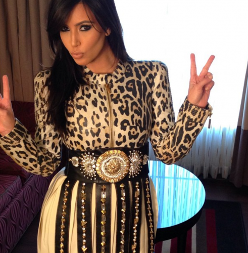 Kim-Kardashian-Fragrance-Signing-Mississippi-Instagram-491x500