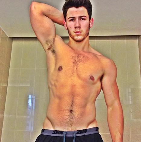 nick-jonas-shirtless
