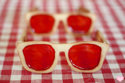 sunglasses biscuits