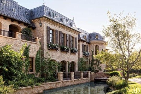 gisele-mansion-1