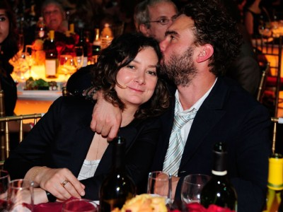 sara-gilbert-johnny-galecki