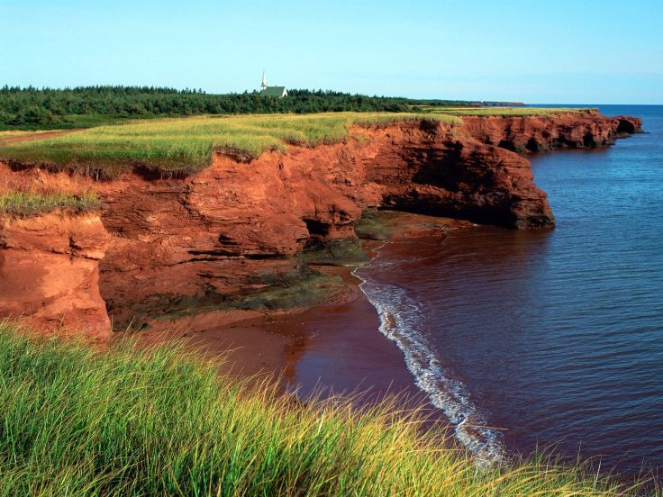 Prince-Edward-Island-by-the-Atlantic-Ocean