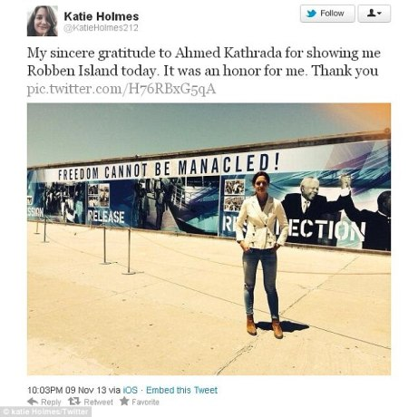 katie-holmes-twitter-pic