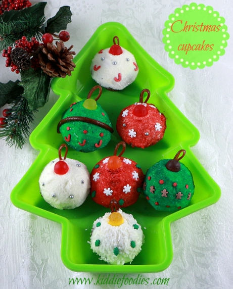 christmas-bauble-cupcakes
