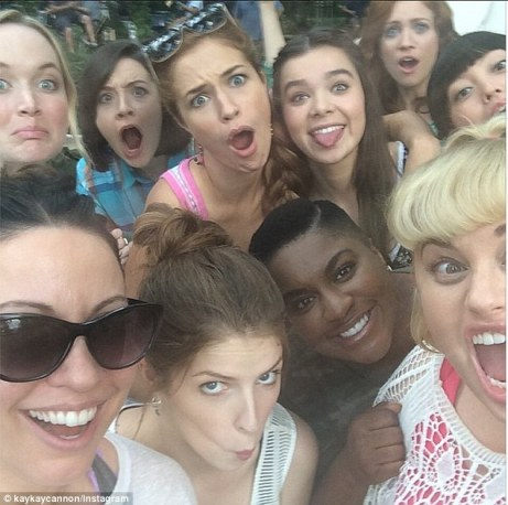 pitch-perfect-selfie