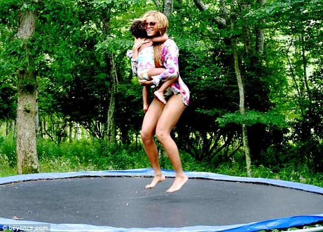 beyonce-trampoline