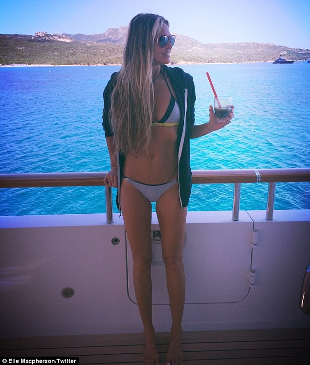 elle-macpherson-bikini