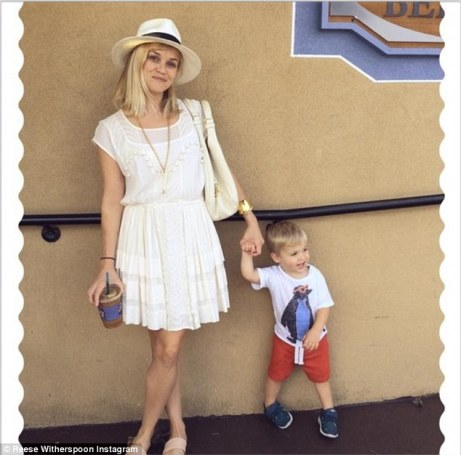 reese-witherspoon-son