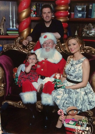 christmas-holly-madison