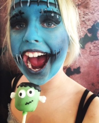 The youngest was SO thrilled with her Frankenstein face paint. How awesome is it?????