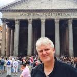 Pantheon selfie.
