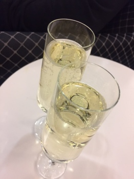 The weekend ended with me swanning around in the Business Class Lounge at Qantas Domestic after driving DD to the airport - he was off to Perth for a board meeting.