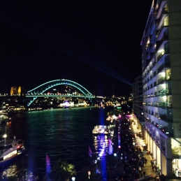 Neither DD or I had ever walked across the Cahill Expressway. It had the most fabulous views and hardly any people