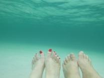 Underwater toes!